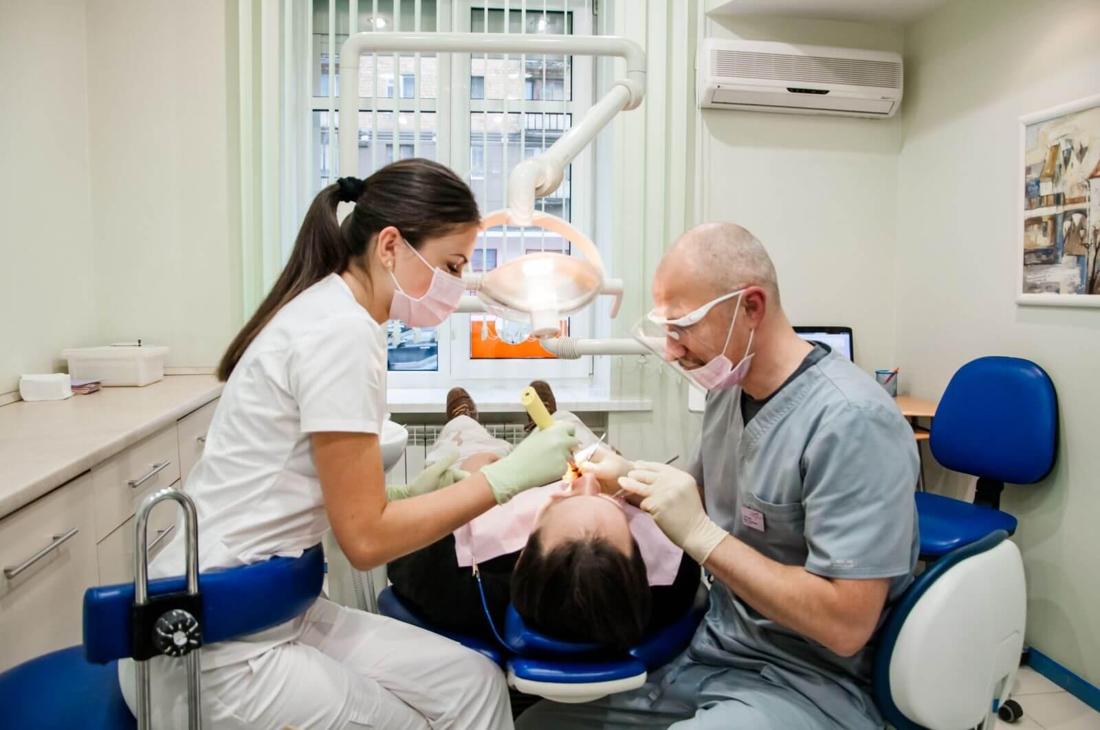 Преимущества стоматологических клиник