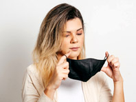 Ношение масок останется обязательным, несмотря на прививку от коронавируса