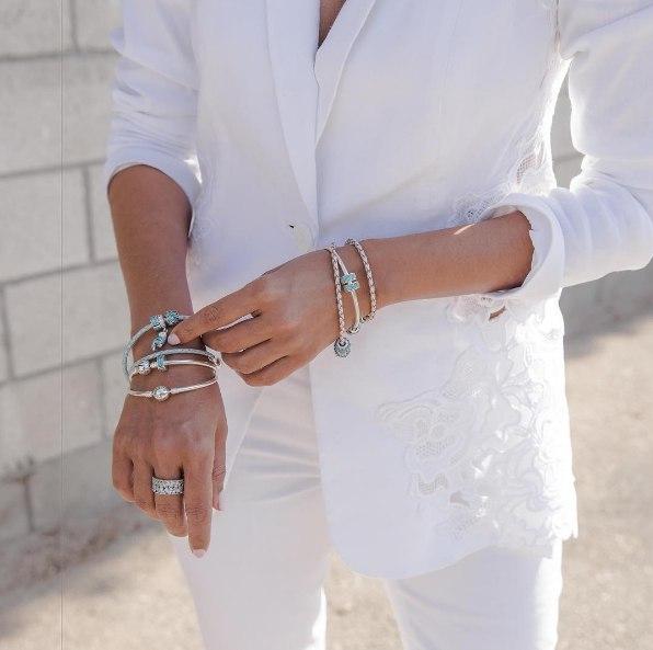 Как правильно носить браслет Pandora?